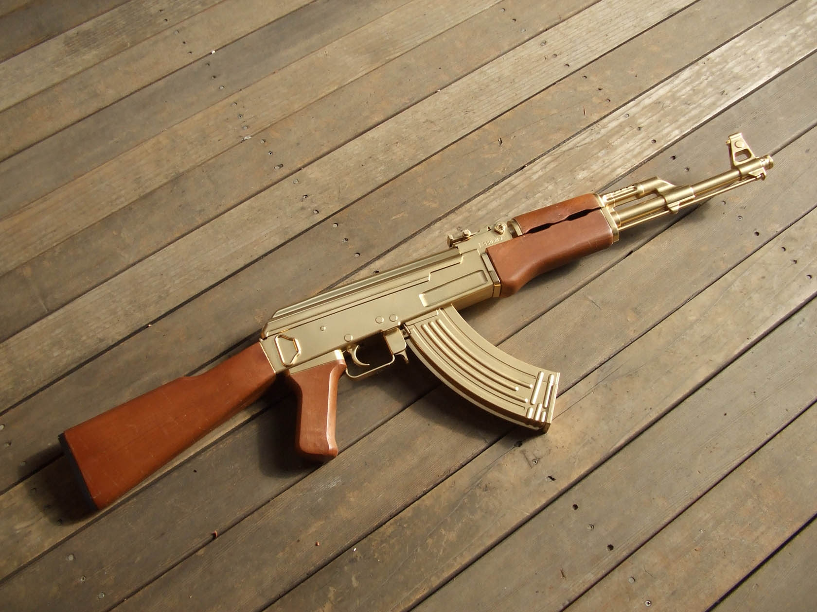 Pics Photos - Ak 47 Golden Gun