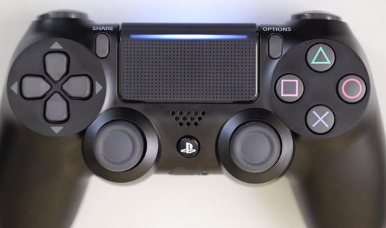 New Dualshock 4 Includes A Light On The Touch Pad