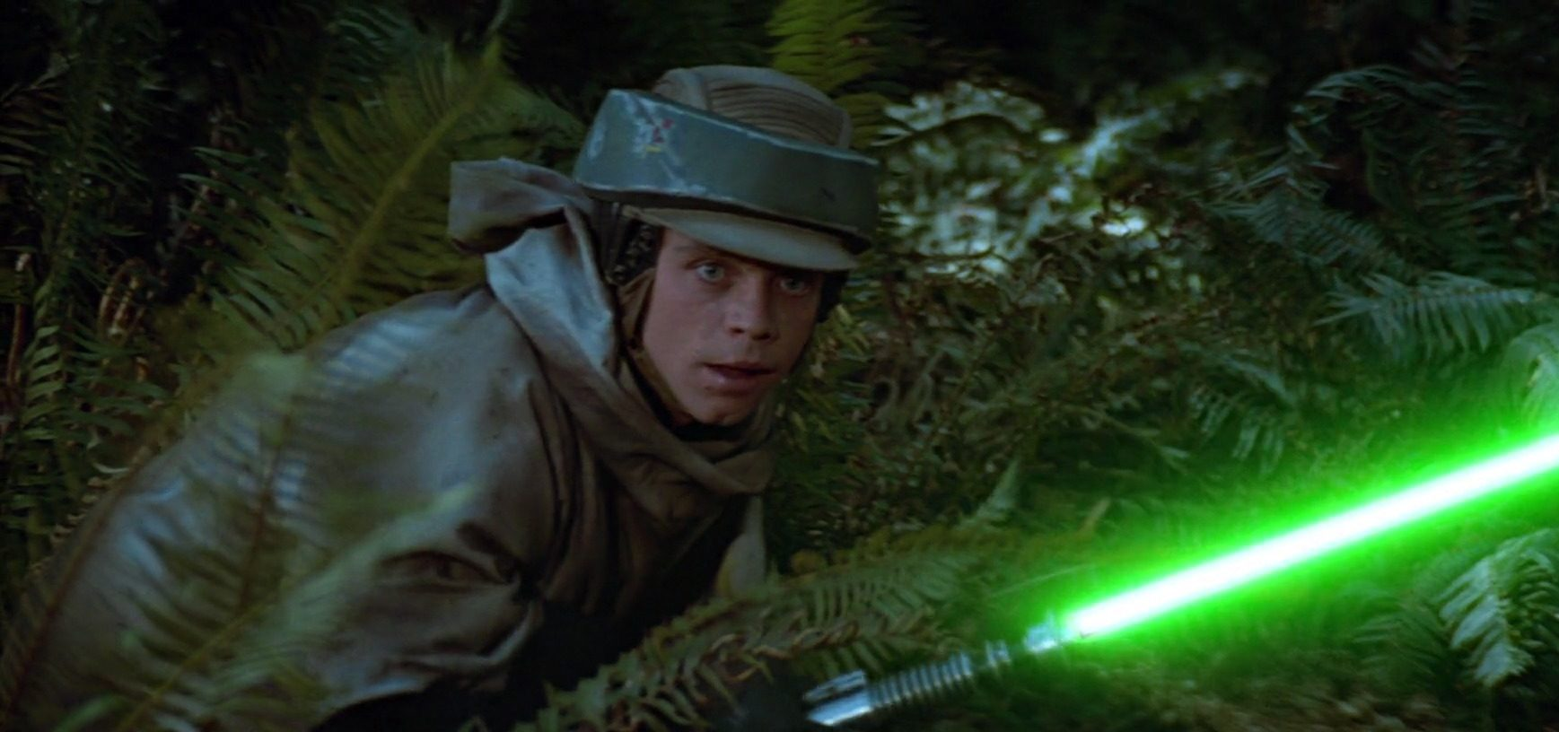 Star Wars Battlefront 2 Endor Luke Skywalker Teased by EA